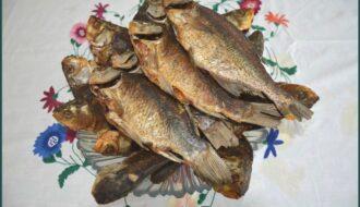 Традыцыя прыгатавання рыбы, сушанай у печы на саломе, і страў на яе аснове